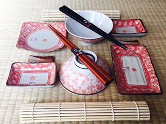 Coffret Repas Spécial Japonais Motifs Fleurs De Cerisier Teinte Rouge